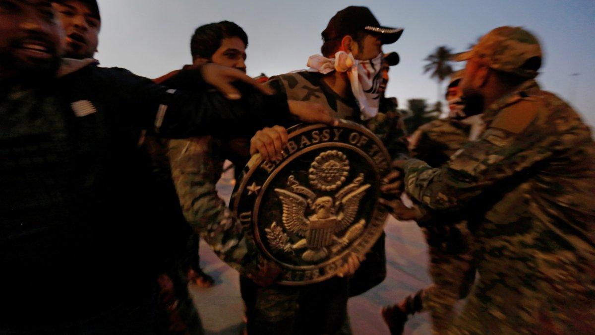 Iraq: assaltata l'ambasciataamericana