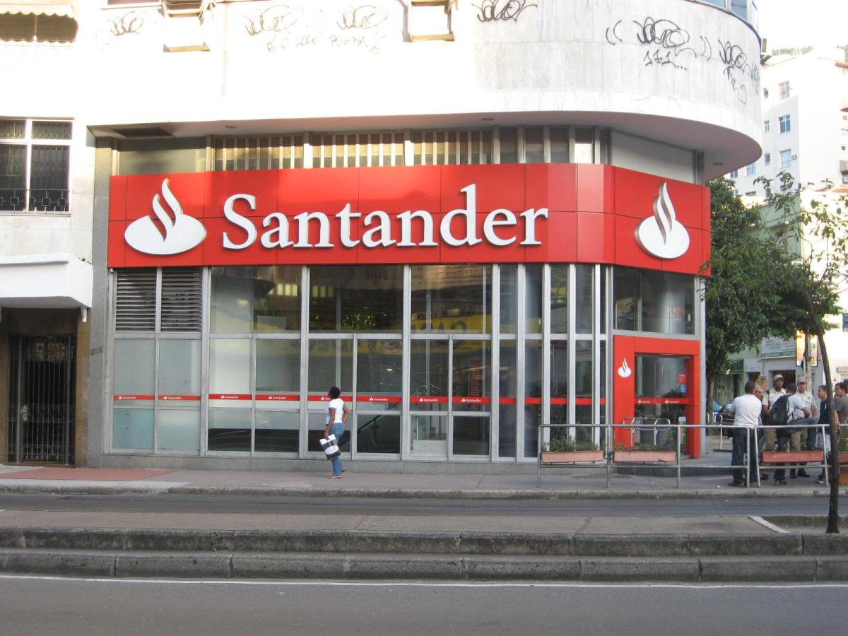 Il Brasile traina l'utile di bancaSantander