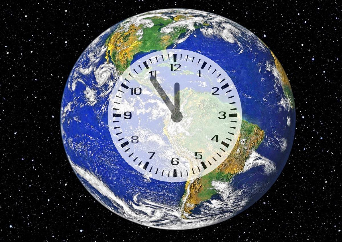 Manhattan, via al Climate Clock: meno di 8 anni al collasso dellaTerra