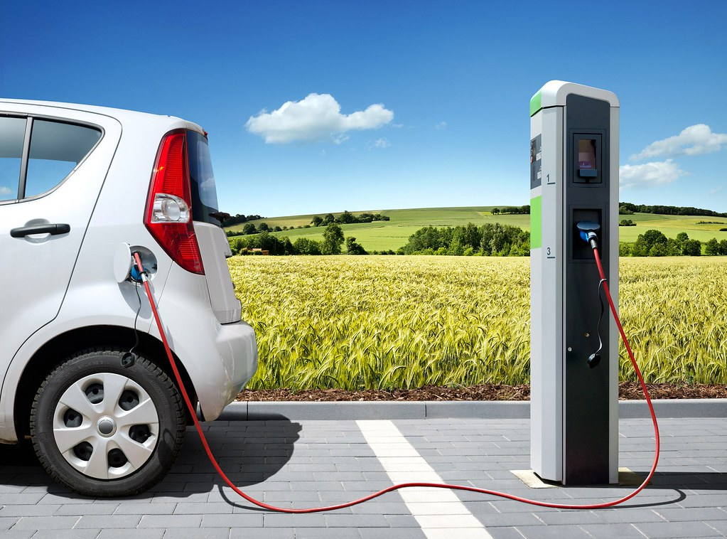 Auto elettriche: forte spinta da Ford, Jaguar e General Motors
