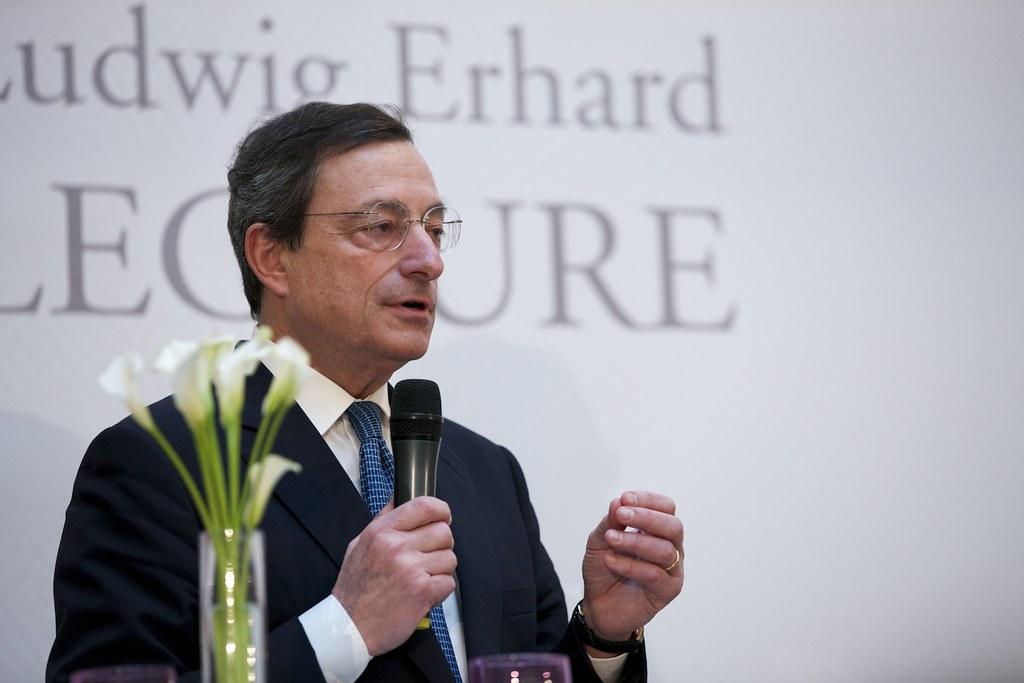 Governo Draghi: il sondaggio sul gradimento ènegativo