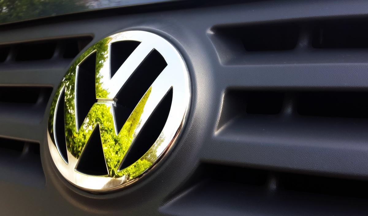Volkswagen annuncia fino a 5 milalicenziamenti