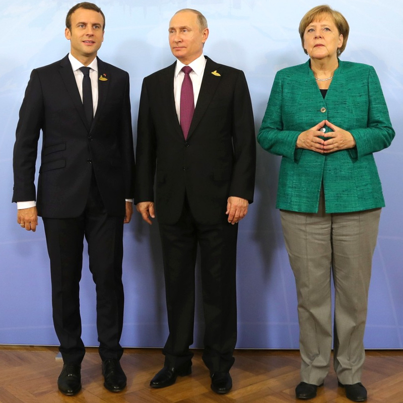Putin, Merkel e Macron invideoconferenza
