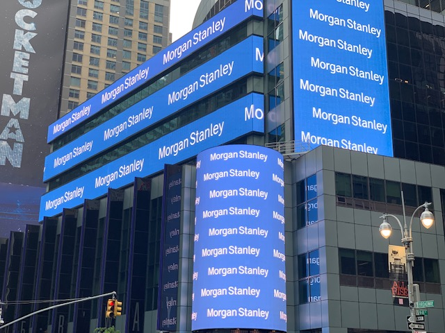 Morgan Stanley: tutti in ufficio entrosettembre