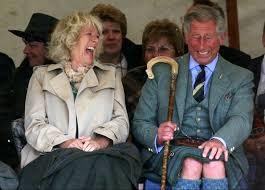 Principe Carlo: è bufera per lostipendio