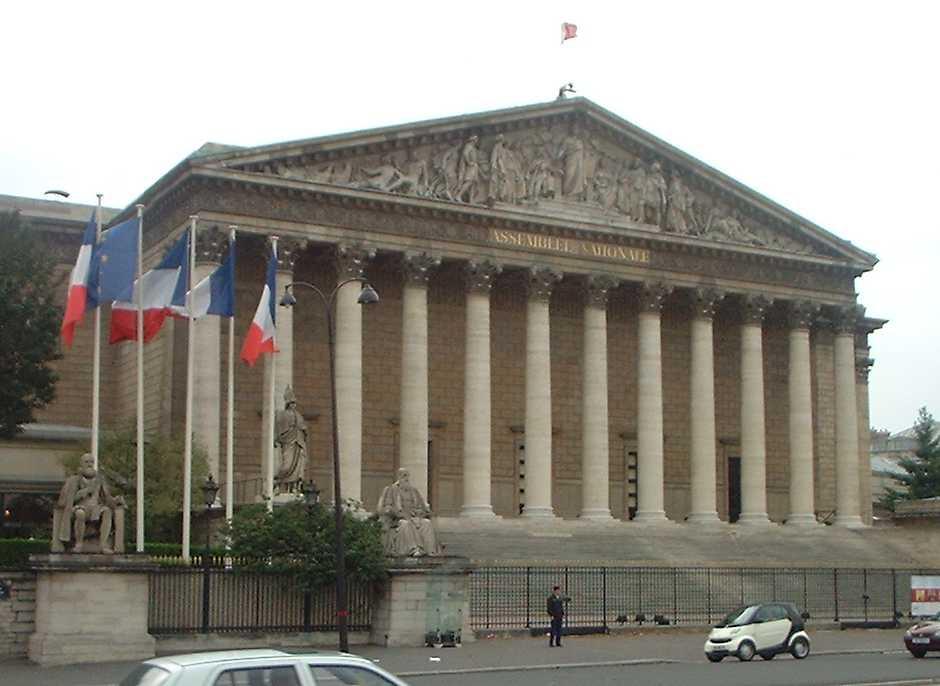 Francia: estensione del green pass fino luglio2022